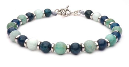 green beaded bracelet and blue silver t-clasp