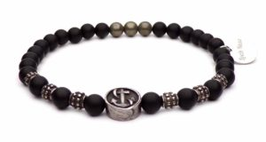 steel anchor bracelet and black pearls