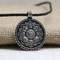 collier mandala om lotus argent antique ee